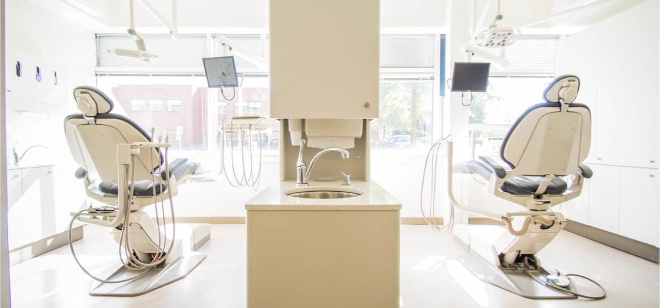 Equipement amortissable d'un dentiste