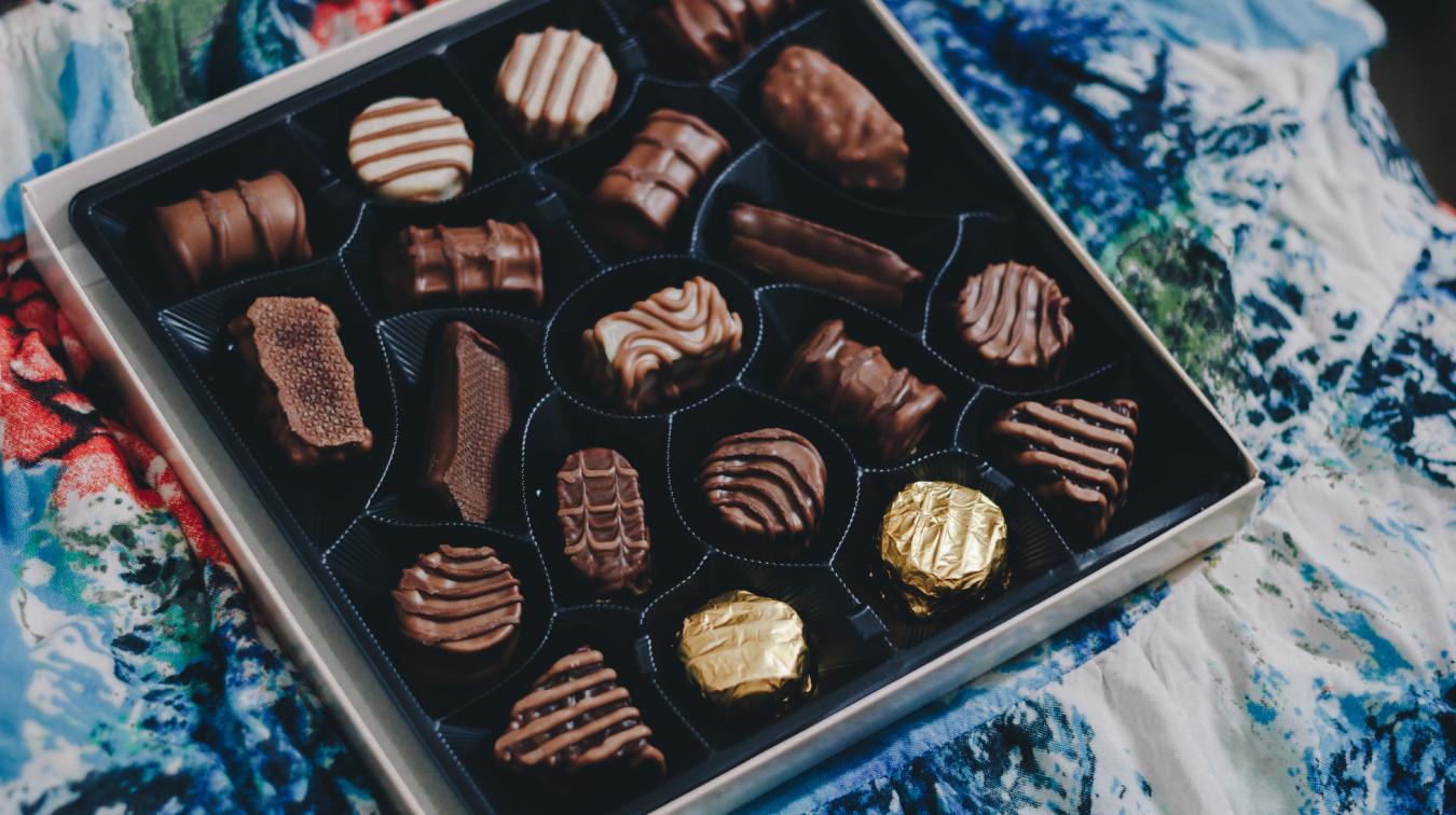Le cadeau peut être une boite de chocolat