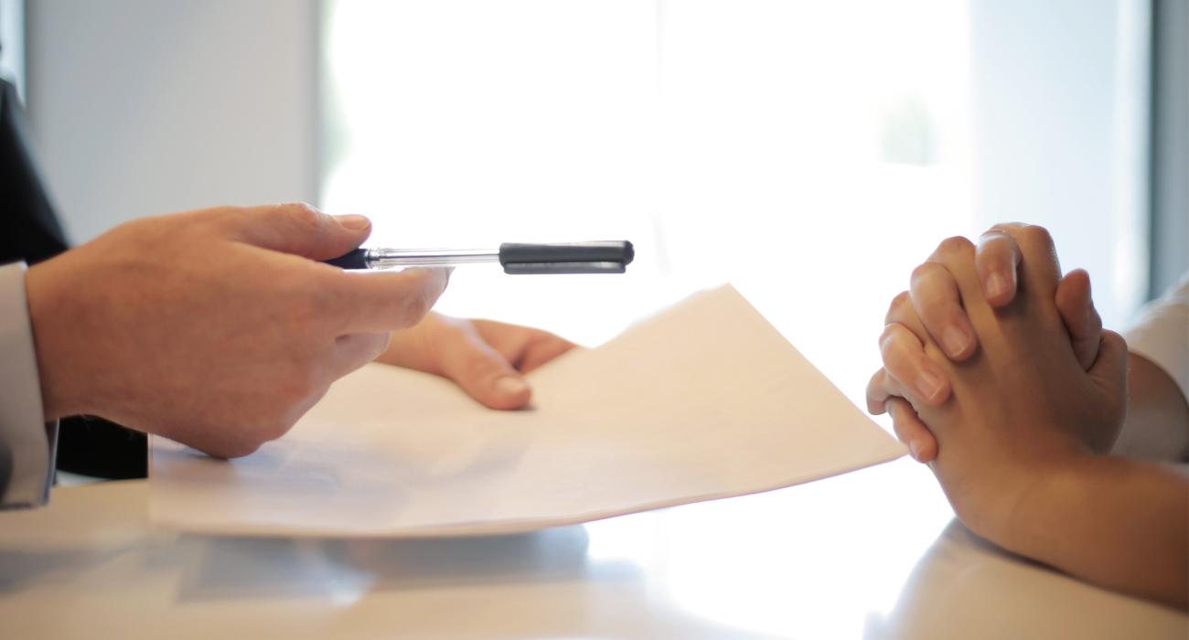 Faire signer un contrat du TESE